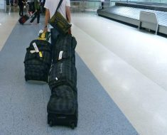 Best Snowboard Bags with Wheels